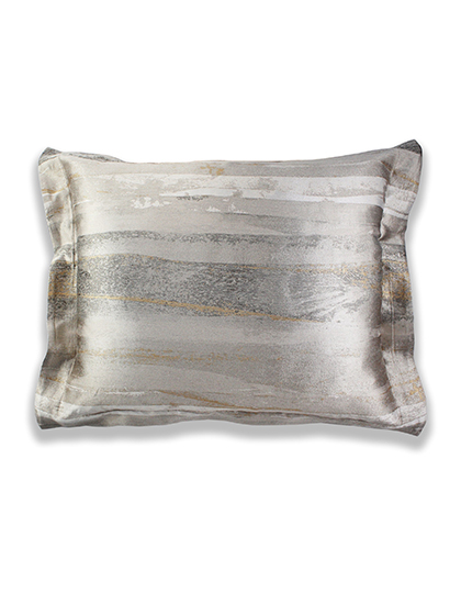 Ann-Gish_Horizon-Pillow_Main