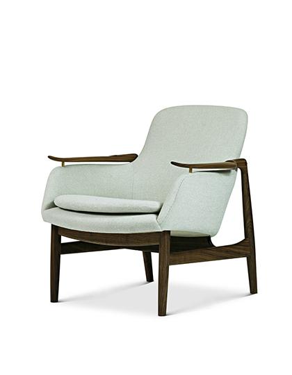 FAIR_House-of-Finn-Juhl_53-Chair_Main