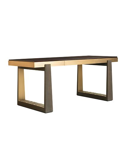 FBC-London_Bridge-Desk_Main